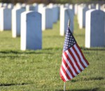 grave-american-flag