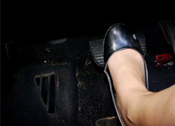 pressing-brakes