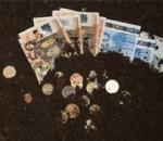 burying-money