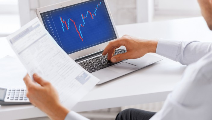 How to Use the Elliot Wave Theory