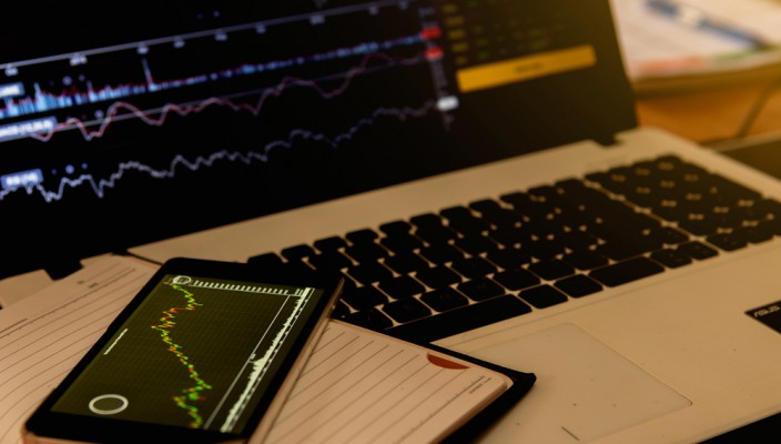 Commodity channel index, what it represents and how to use it when trading Forex