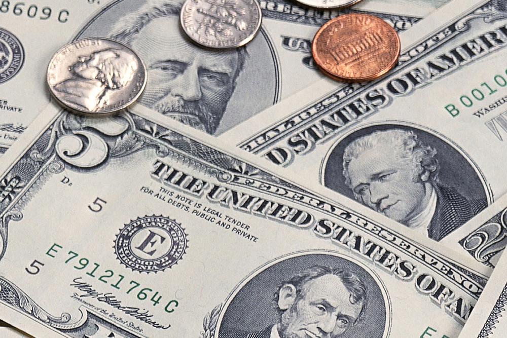 Dollar bears start weakening