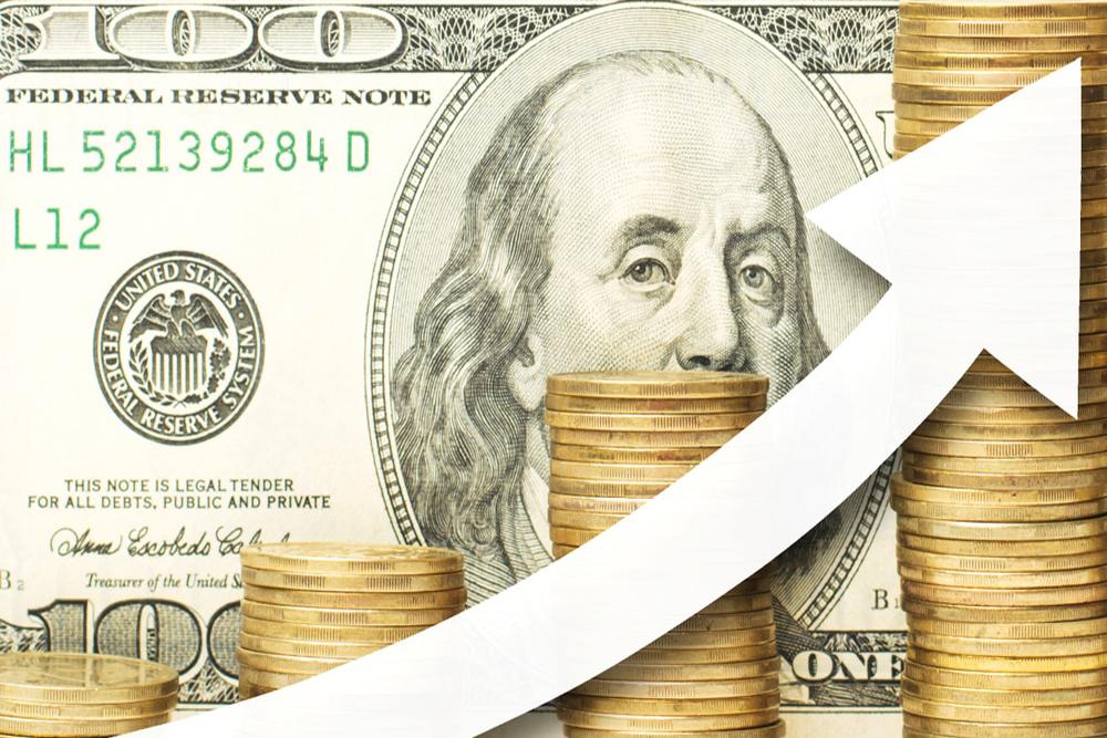 Dollar rises amid economic optimism